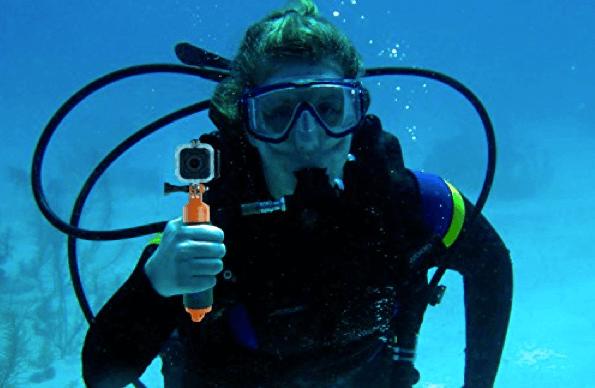 Action Camera Subacquea : L action camera per subacquei è quasi qui u videoreflex